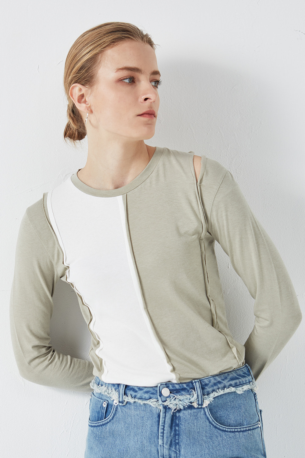 Shoulder Slit Point T-shirt Olive