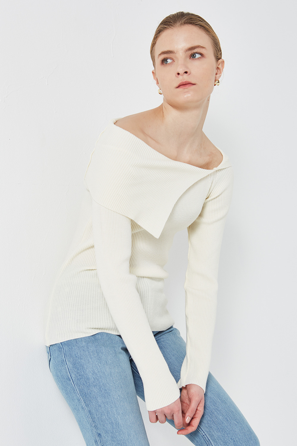 Off-Shoulder Knit Ivory