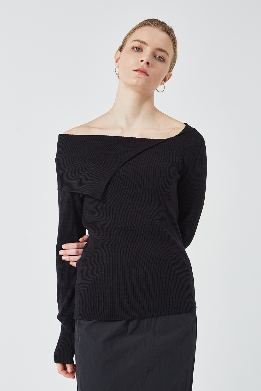 Off-Shoulder Knit Black